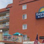 Exterior signage of Days Inn and Suites Wildwood